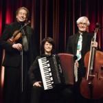 Kaffeehaustrio Florian Sonnleitner, Geige; Maria Reiter, Akkordeon; Heinrich Klug, Cello.